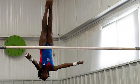 sideimg-team-gymnastics-programs-02-R4